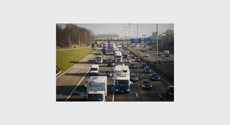 La redevance kilométrique pour les camions et la vignette reportés à 2016 - RTBF Belgique | Eurovignette | Scoop.it