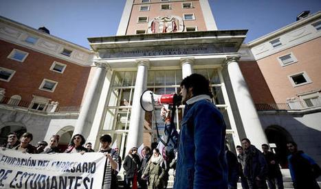 Nueva guerra en la Complutense: el rector quiere reducir los 185 departamentos a 74. Noticias de Madrid | Docencia universitaria y cambio en la Sociedad del Conocimiento | Scoop.it