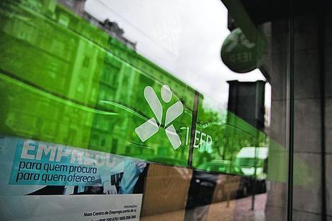 Descida do desemprego não trava destruição de 42 mil postos de trabalho - Público.pt   Desemprego em Portugal   Scoop.it