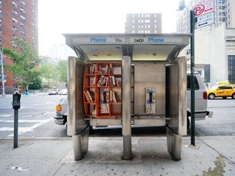 Neglected New York City Phone Booths Converted into Communal Libraries | Urbanism - TD | Scoop.it
