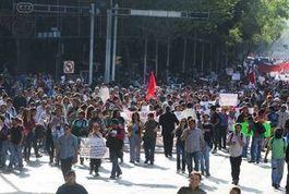 Avalan comisiones dictamen de Ley de Marchas | Liderazgo político | Scoop.it