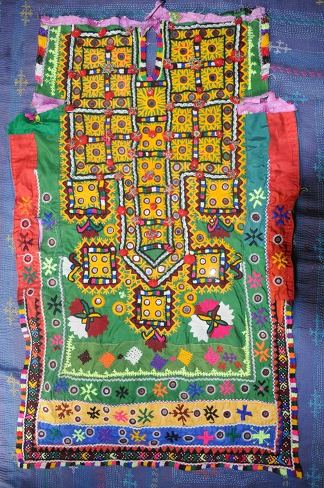 Colourful handmade Sindhi Gaj – Vintage | Things to Wear | Scoop.it