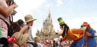 Le plan de Disneyland Paris pour tenter de réenchanter le public   Val d'Europe   Scoop.it