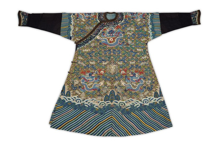 Two hundred year old Imperial Chinese robe makes £15,000   Art Daily   Asie   Scoop.it