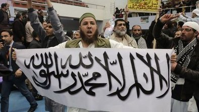 Thousands join rare Algeria rally   Algerian art   Scoop.it