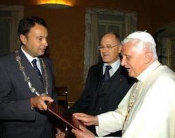 BENEDICTO, FORTALEZA AMABLE | Mi Portal Catolico | Scoop.it