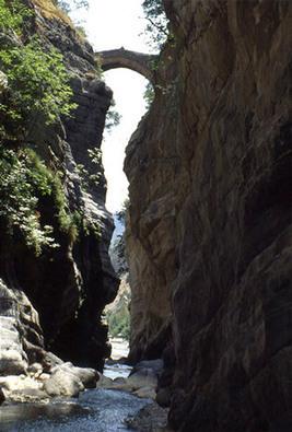 Le Gole del Raganello, il canyon calabrese   Viaggi e vacanze in Calabria   Scoop.it