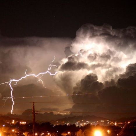 How to protect yourself from lightning strikes | Lorraine's  Water in the World | Scoop.it