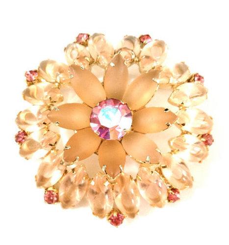 Vintage Juliana D&E Pink Givre Rhinestone Brooch   vintage jewelry   Scoop.it