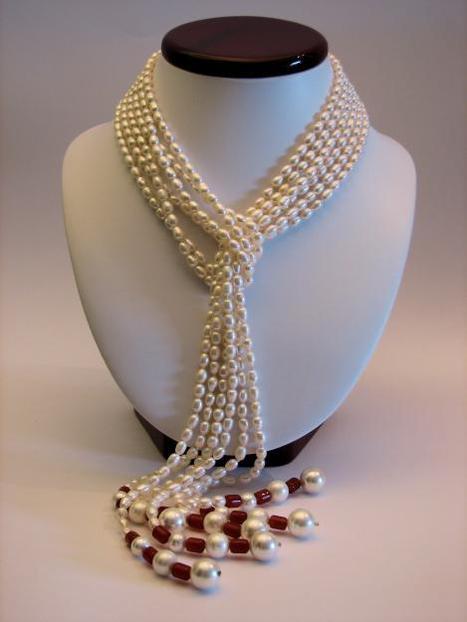 Nueva tendencia de collares en perla para este verano 2013 | fashion accesories | Scoop.it