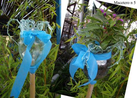 Maceteros antorcha con botellas de pl st for Antorchas para jardin