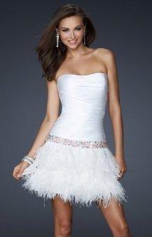 Courte robe de soiree blanche douce LF17152 :   fashionrobe   Scoop.it