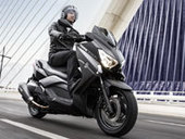 Série spéciale scooter : Yamaha X-Max 400 Momo Design - Moto-Net | NEWS actus Motorisés | Scoop.it