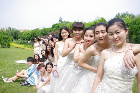 In China, women graduates are eschewing caps and gowns in favor of wedding dresses | A Voice of Our Own | Scoop.it