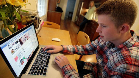 In College Admissions, Social Media Can Be a Double-Edged Sword | Social Networking | Scoop.it