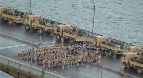 Egyptian army on bridge in Giza, Cairo | Middle East Collections | Scoop.it