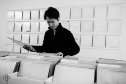 """Collecting the Beatles' """"White Album,"""" an art project - Boing Boing 