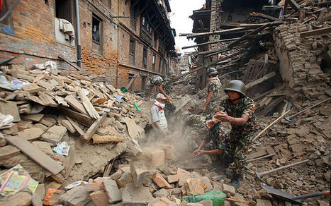 Nepal earthquake and Everest avalanche kill 2,500 people with 'violent' aftershock causing more chaos | Sustain Our Earth | Scoop.it