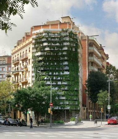 In Barcelona, a Living Wall Is More Than Architecture: It's 'Vegitecture' - Cities - GOOD | Vertical Farm - Food Factory | Scoop.it