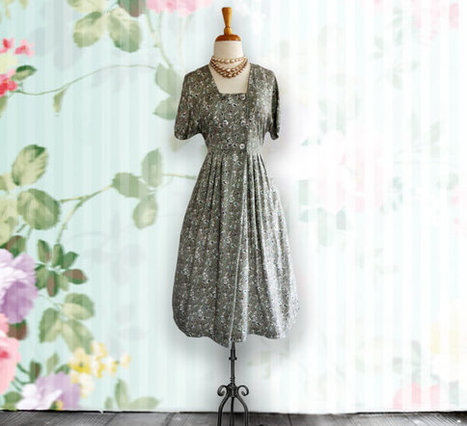 Vintage 1950s Dress - 50s Soft Green Floral Cotton Day Dress | DustyDesert vintage | Scoop.it
