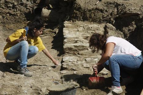 Encuentran una de las paredes del templo que presidía el foro romano de Llívia (Girona) | Arqueología romana en Hispania | Scoop.it
