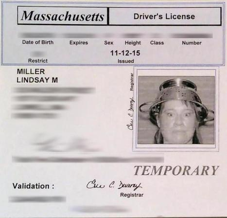 Woman allowed to wear spaghetti strainer on her head in Mass. license photo - The Boston Globe | enjoy yourself | Scoop.it