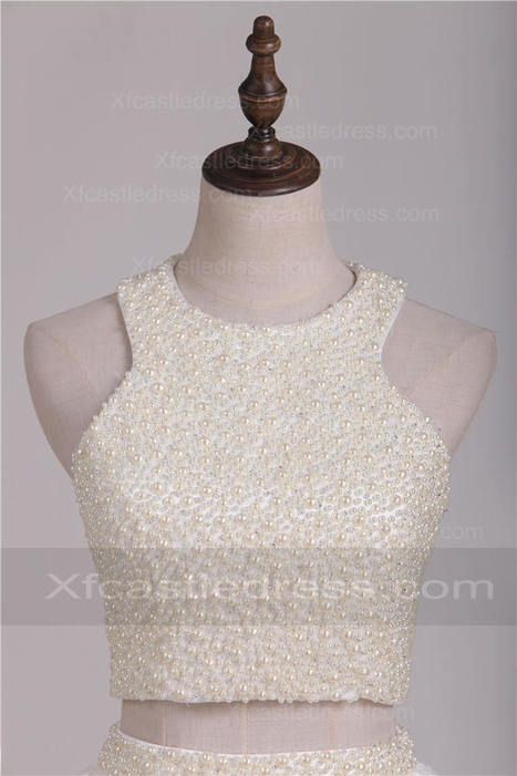 2016 Halter Neck Lace Short White Homecoming Dresses with Pearls Crop Top | women fashion dresses | Scoop.it