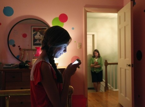 Teens in survey paint positive picture of social media's effect on their lives | Social Networking000 | Scoop.it