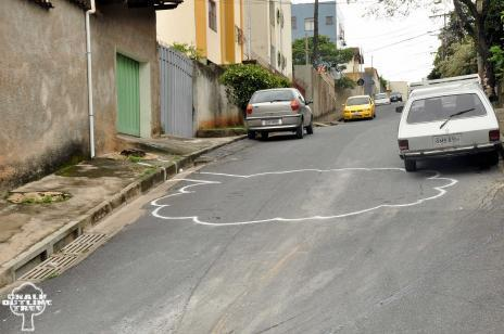 Graffiti Tracks Belo Horizonte's Murdered Trees in Chalk Outlines | Urban Life | Scoop.it
