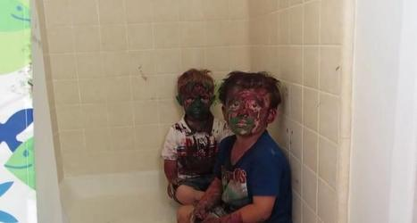 Kids play with paint and get it all over their faces   A Rich Selection Of The Latest News www.canbeweird.com   Scoop.it
