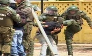 Brutal represión contra marcha estudiantil en Santiago deja heridos a manifestantes y periodistas | Bad Police | Scoop.it
