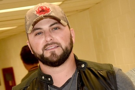 Tyler Farr Gains Third No. 1 With 'A Guy Walks Into a Bar' | Country Music Today | Scoop.it
