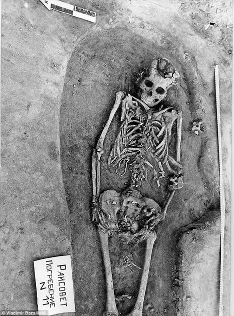 Are these bones the earliest evidence of death by childbirth? | Ancient History - Amplectentem Tempus et Mutatio | Scoop.it