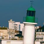 Le phare qui penche - Les Sables d'Olonne | Revue de Web par ClC | Scoop.it