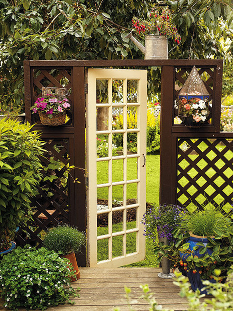 Unique garden gate | Upcycled Garden Style | Scoop.it