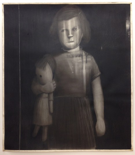 Encircling #Darkness: Fred Valentine's #Intimate #Portraits. #art #childhood   Luby Art   Scoop.it