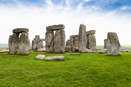 Archaeologists discover 15 structures buried around Stonehenge | The Historian's Point of View | Scoop.it