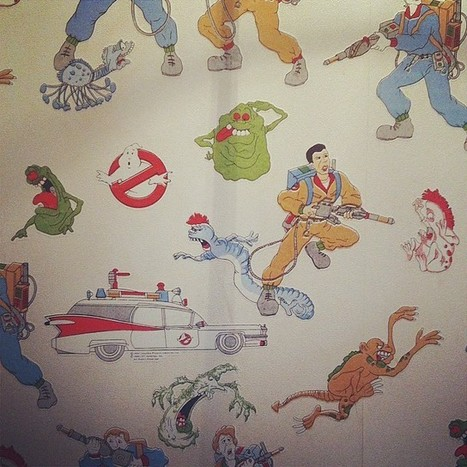 [Ultimately, this pub gets it's most props for rocking the Ghostbusters wallpaper in the stairwell to the toilet! That and for having Titanic Stout on tap, which is my new favorite... #LondonTown #... | Draft House | Scoop.it