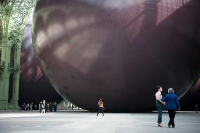 Anish Kapoor sur le piétonnier   Art Market, Museums, Galleries & Trends   Scoop.it