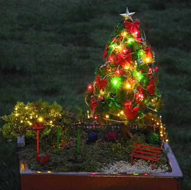Decorating Your Miniature Garden for theHolidays | Annie Haven | Haven Brand | Scoop.it