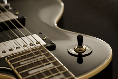 with my #guitar i love music..... | Guitar lessons Boulder | Scoop.it