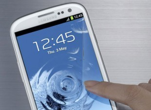 Samsung Galaxy S III keeps the top spot in British smartphone market in October | MobileandSocial | Scoop.it