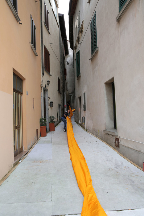 Christo and Jeanne-Claude reimagine Italy's Lake Iseo with shimmering yellow fabric on the water | metrobodilypassages | Scoop.it
