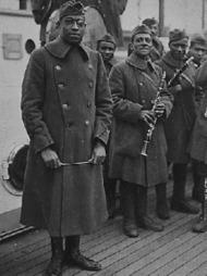 Des flons-flons africains-américains (1917-1919) - Jazz, les échelles du plaisir | l'art et la guerre 3 pfp2 | Scoop.it