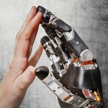 How to Give Prosthetic Hands Touch Sense : DNews | Veille Biotech | Scoop.it