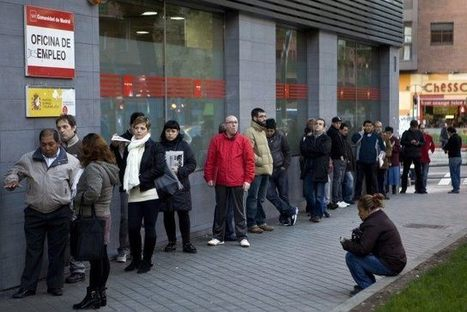 Hundreds of Thousands Abandon Spain to Look for Work Elsewhere - Breitbart | Precarietat i eixida del país | Scoop.it