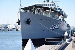 HMAS Castlemaine (J244) – WalkAround | History Around the Net | Scoop.it