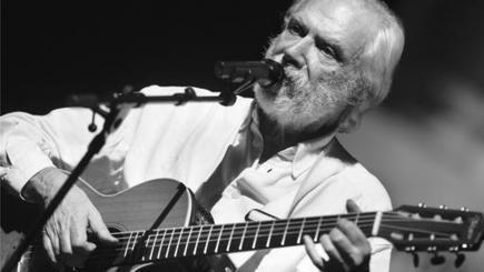 Französischer Chansonnier Georges Moustaki gestorben   Bilingualer Zug und Abibac   Scoop.it