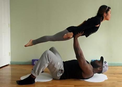 Acrobatic yoga can firm up your relationship - New York Daily News | Yoga | Scoop.it