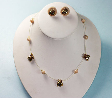 Vintage Bees and Beads Necklace and Earrings Set   Vintage Jewelry   Scoop.it